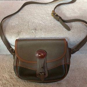 Dooney & Bourke purse excellent condition